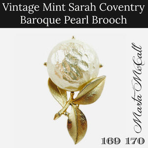 vintage sarah coventry baroque pearl gold brooch
